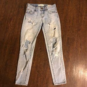 Women's Bullhead Ripped Boyfriend Cut Jeans